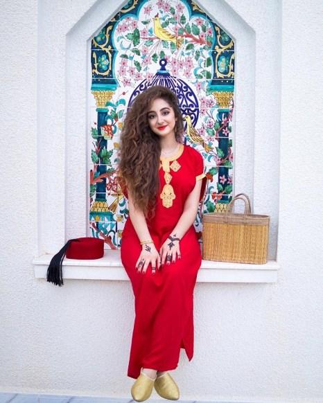 Arab Women's Traditional Clothing Making a Comeback?