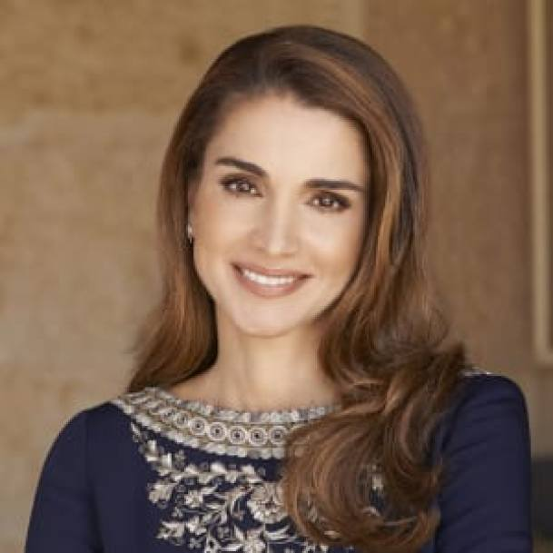 Empowering Quotes by Notable Arab Women