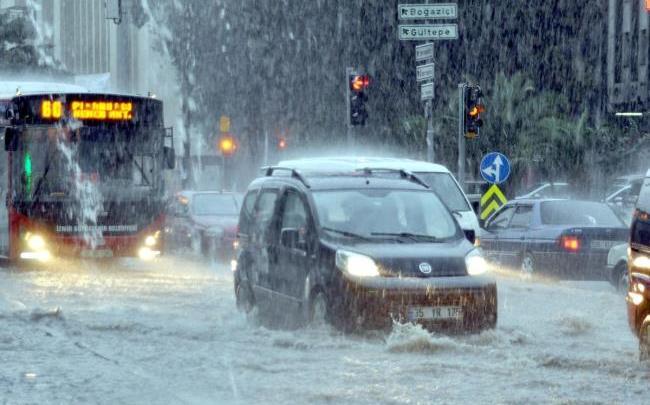 الأمطار والعواصف الرعدية تعود إلى تركيا ابتداء من غد 1