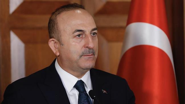 تشاووش أوغلو : نرفض المعاملة السيئة التي حظي بها المنتخب التركي 1