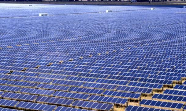 مجمع بنبان للطاقة الشمسية بأسوان
