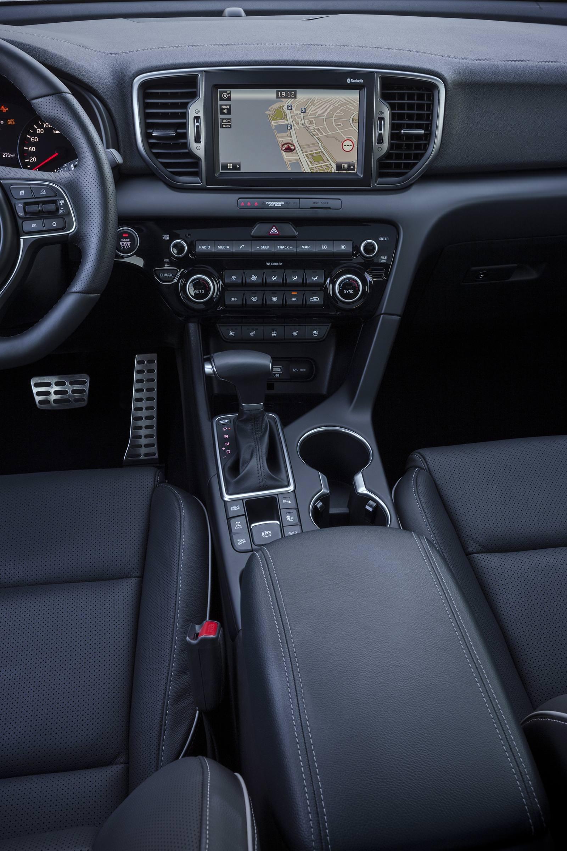 التقنيات المتوفرة داخل سيارة كيا سبورتاج 2016 Arabgt