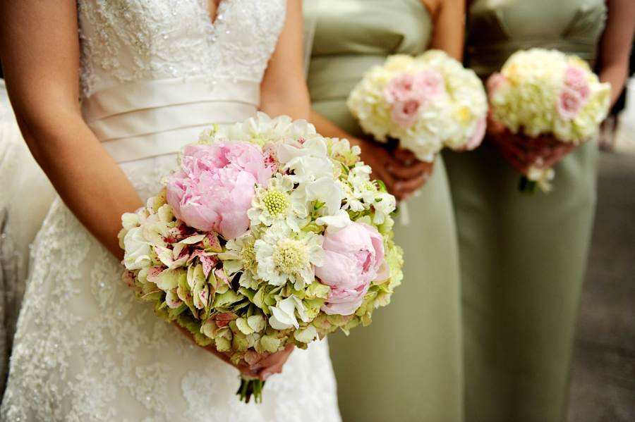 Wedding Flower Tips from The Experts   Arabia Weddings Wedding Flower Tips from The Experts