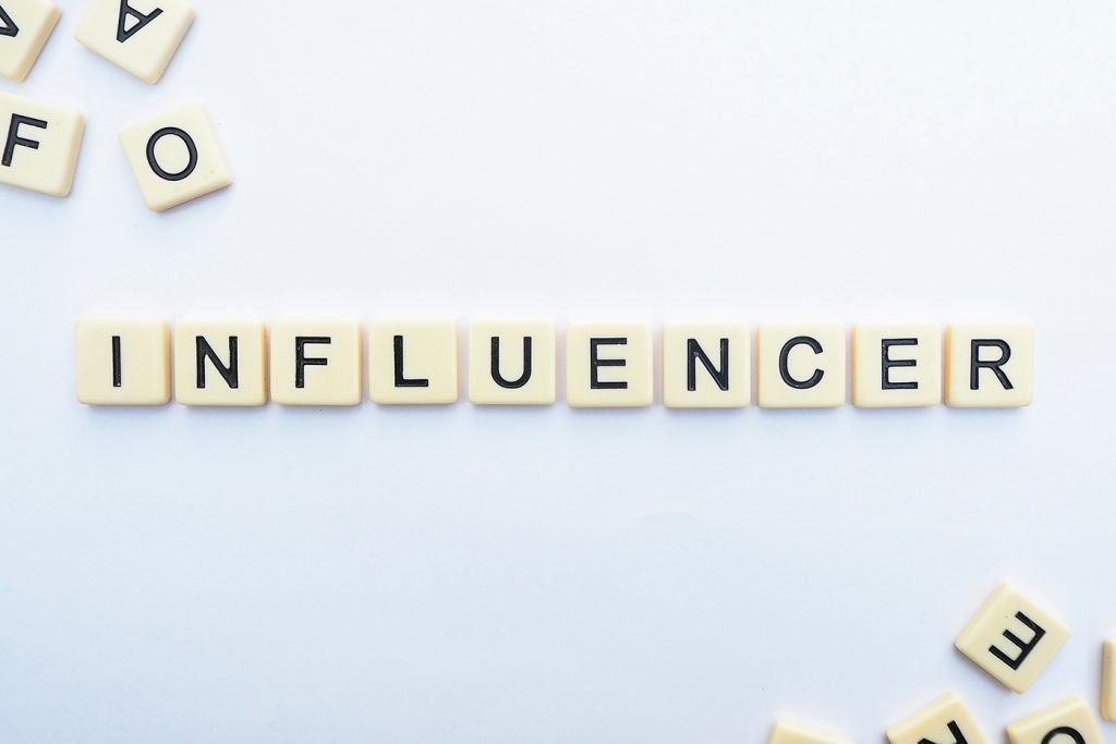 تعريف التسويق عن طريق المؤثرين (Influencer Marketing) 1