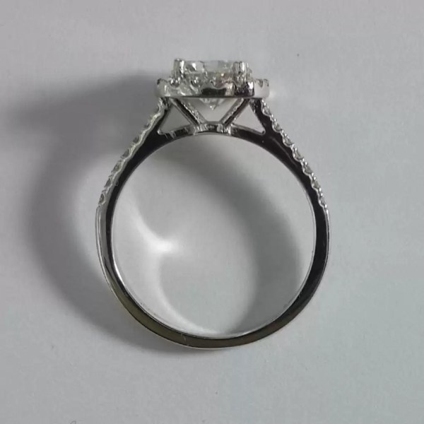 1.86 Carat Round Cut Diamond Engagement Ring 18K White Gold 4