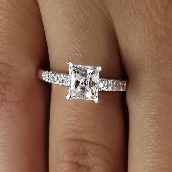 2.00 Ct Princess Cut D/Vs1 Diamond Solitaire Engagement Ring 14K White Gold