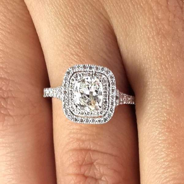 2.00 Ct Round Cut Diamond Solitaire Engagement Ring 18K White Gold 4