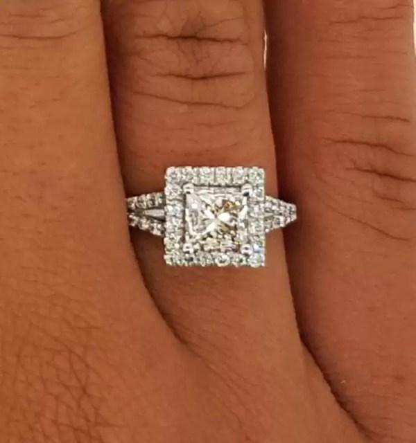 2.05 Ct Princess Cut F/Vs2 Diamond Solitaire Engagement Ring 18K White Gold