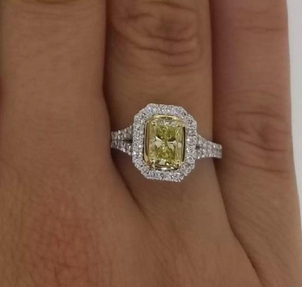 3.5 Carat Radiant Cut Diamond Engagement Ring 18K White Gold