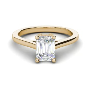4 Prong 2.25 Carat VS2 Clarity D Color Emerald Cut Diamond Engagement Ring Yellow Gold 3