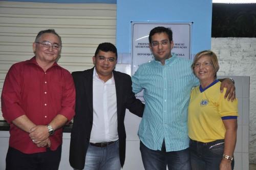 Presidente da Câmara, Oscar, Prefeito Kerginaldo, secretário de educação, Rodrigo Aladim, Presidente Lions Clube, Adna Fonseca