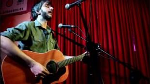 Xoel López en el escenario de El 21