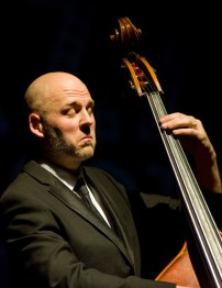 Anthony Strong Trio el 17 de noviembre de 2017 en la Sala Multiusos. Por Ángel Burbano