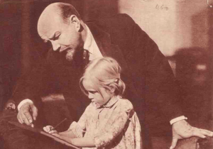 lenin-with-child