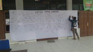 Petisi Tutup Freeport