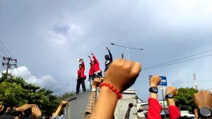 Sumpah Mahasiswa Indonesia - Aliansi Unhas Bersatu - Sumber Saluran Youtube Febri Prasetia