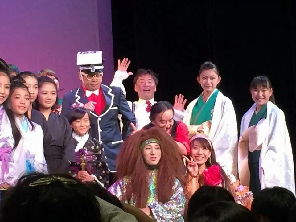 大阪、国立文楽劇場にて和風マジック