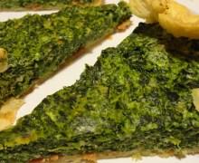 Torta di spinaci pecorino e salsa alle noci