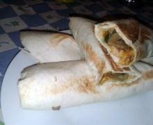 Burritos di verdure e pollo