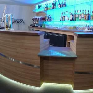 Comptoir de bar lumineux