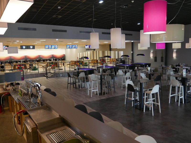 Comptoir de Bar pour le Bowling Dix31 à Roques en région toulousaine