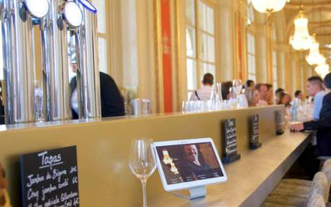 Comptoir de bar pour la Brasserie de Philippe Etchebest à Bordeaux