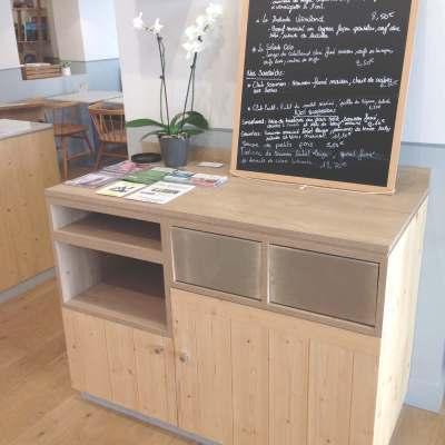 desserte de salle en bois clair pour restaurant à Bordeaux