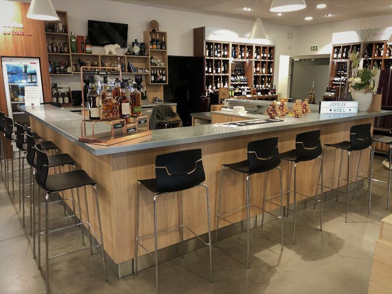 Comptoir zinc pour commerce vin