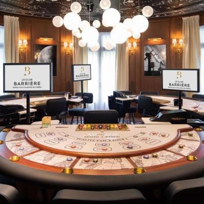 Nouveau club de jeux pour les amateurs de poker aux champs Elysées