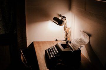 alexa mazzarello 223406 unsplash - Como escribir un libro #4 | Consejos de escritores famosos #1