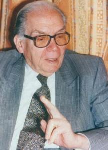 الدكتور أحمد أبو زيد