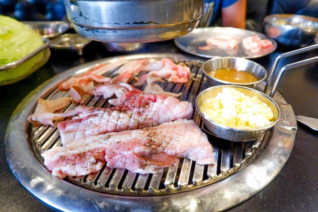 """ALT=""""pork belly unlimited meat"""""""