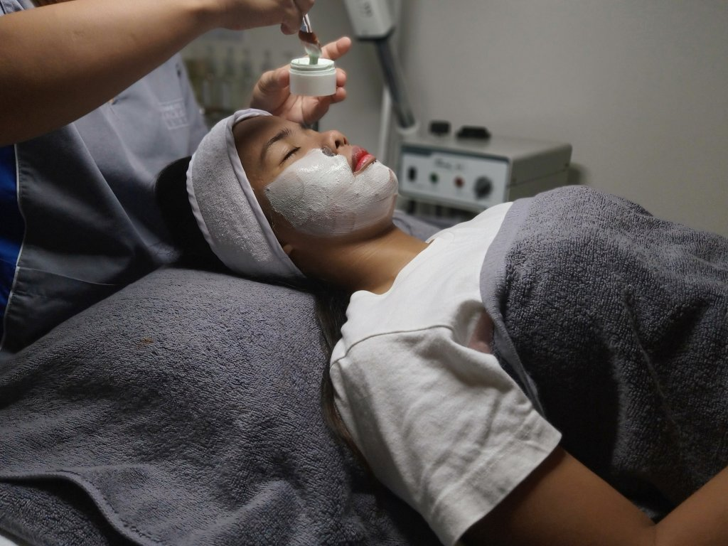 """ALT=""""affordable skin care clinic with best skin treatment"""""""