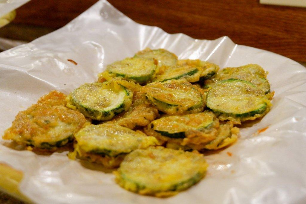 "ALT=""unlimited side dish at go kizip korean restaurant manila"""