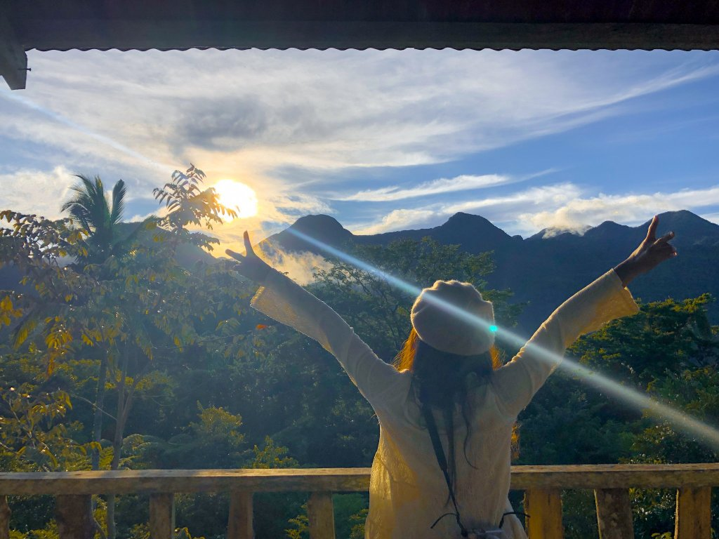 """ALT=""""camiguin travel guide bird watching in the morning"""""""