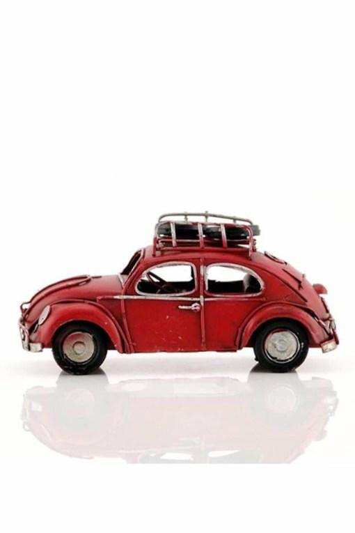سيارة معدن أحمر اللون بالطراز القديم 4