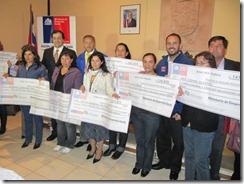 Diputado Arenas junto a seremi de Desarrollo Social entregan Bono por Trabajo a beneficiarias de Angol