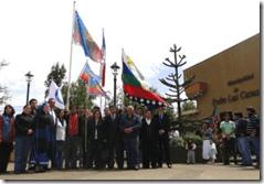En Padre Las Casas bandera mapuche y chilena flamean unidas