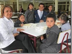 Junaeb informa sobre reducción de sal y azúcar en su Programa de Alimentación Escolar