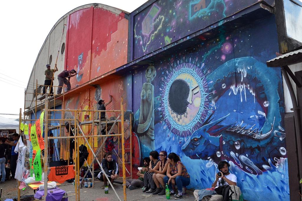 Grafiteros Pintaron El Mural Mas Grande De Chile En El Barrio