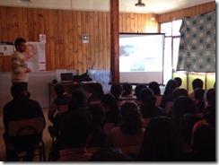 FOTO charla experto Sernageomin colegio villa san pedro
