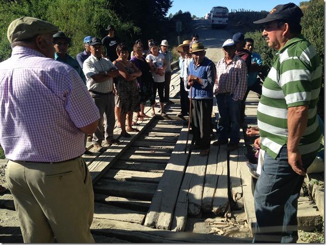 Reunión para abordar situación de Puente Huilio se realizó en Dirección Regional de Vialidad  (1)