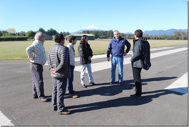Director Nacional de Aeropuertos visitó aeródromo de Villarrica (3)