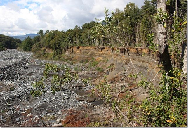 FOTO trabajos río correntoso 3