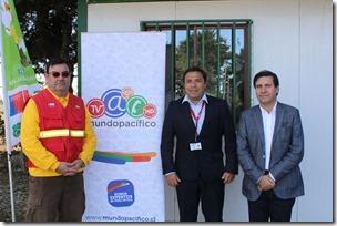 izq a derecha. Claudio González (CONAF), Jaime Weinborn (Mundo Pacífico) y Ulises Asenjo (Seremitt)