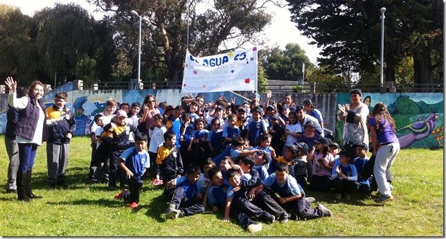 Comunidad educativa de la Escuela Municipal Valentín Leteleir (2)