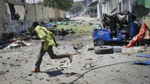 150420075727_mogadishu_attack_624x351_ap_nocredit