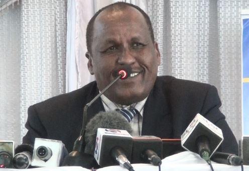 Wasiirkii Wasaarada Waxbarashadda iyo Tacliinta Sare  ee Somaliland Prof. Faarax Cilmi Geedoole.