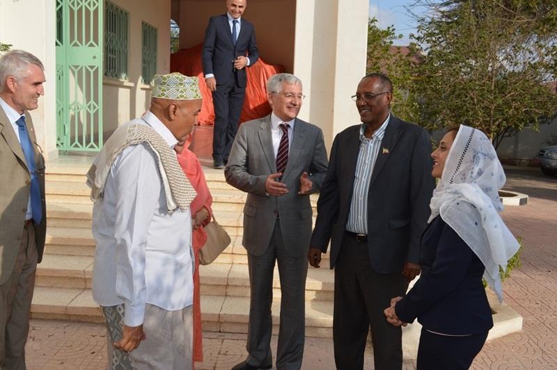 Muuqaalka Hoggaamiyayaasha labada Xisbi ee WADDANI iyo KULMIYE Iyo Dublamaasiyiinta Turkiga 27 Nov 2015 Hargeysa Somaliland????????