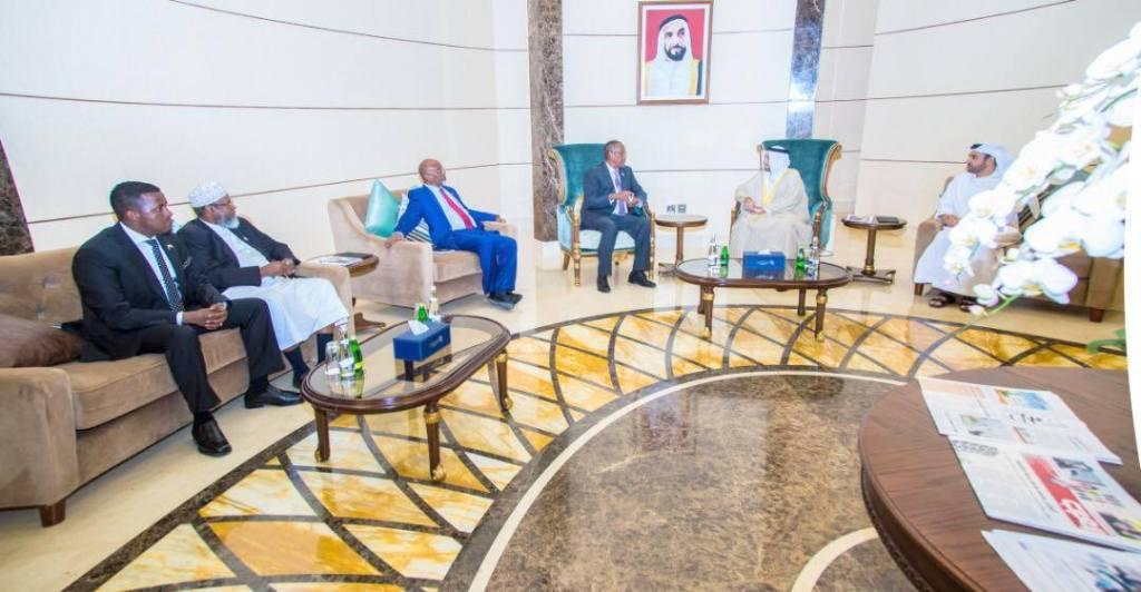 Madaxweynaha Jamhuuriyadda Somaliland, Mudane Muuse Biixi Cabdi iyo wefdigiisa oo la kulmay Wasiirka Caddaaladda ee Imaaraadka, Sultan bin Saeed Al Badi Al Dhaheri iyo masuuliyiin kale Abu Dhabi 9 March 2019. Araweelo News Network.